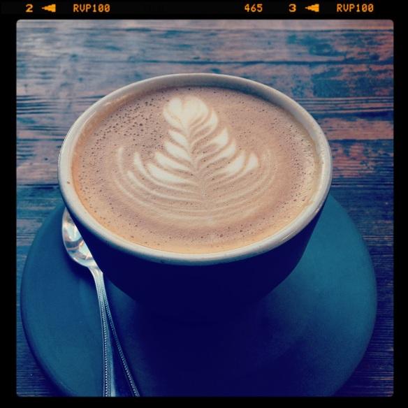 Un latte de Four Barrel. Difícil de superar. Foto: María A. Mejía