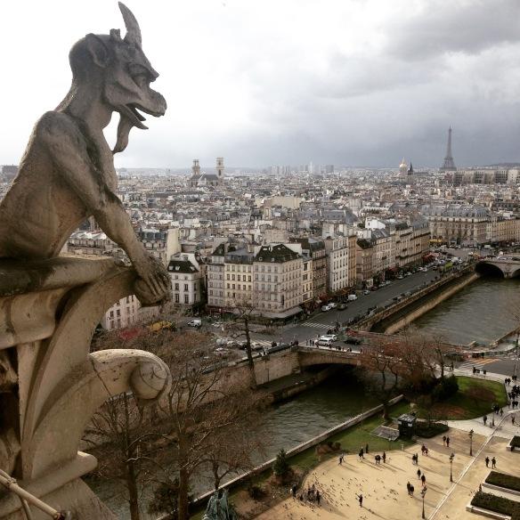 Majestuosa vista de París desde lo alto de la Catedral de Notre Dame. Foto: María A. Mejía